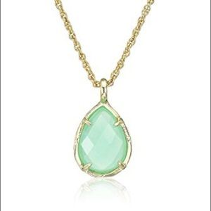 Kendra Scott Kiri Necklace with bag